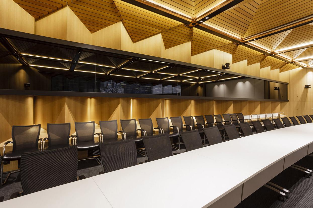 Salle De Tribunal International Yann Montfort